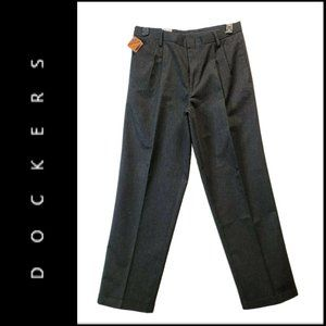 Dockers Cuff Pleated Front Stain Defender Pants